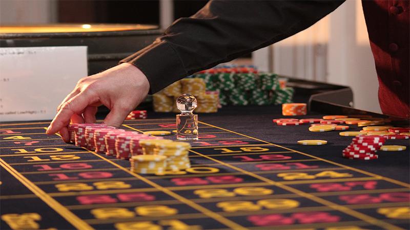 Sejumlah Keuntungan dalam Main Judi Poker Online